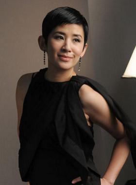 吴君如 ( Sandra Kwan Yue Ng)