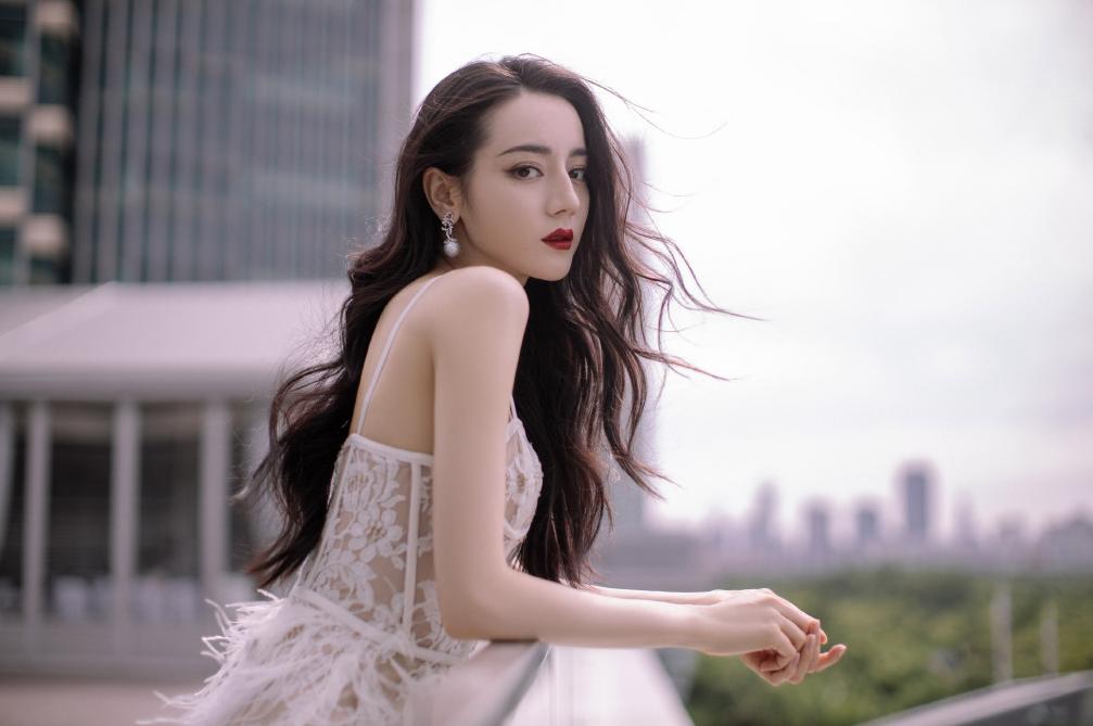 盤點新(xin)疆的美女明星