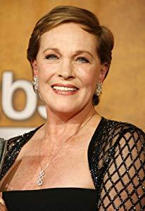 朱莉·安德鲁斯 ( Julie Andrews)