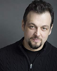 卡洛斯·迪亚兹 ( Carlos Diaz)