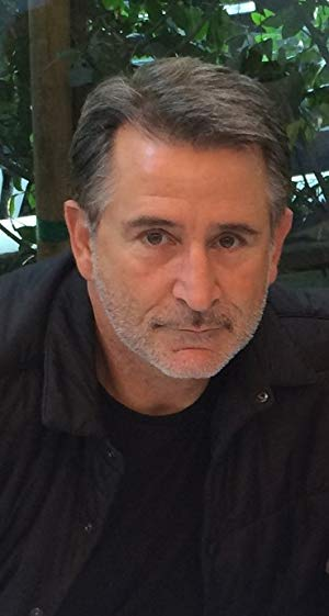 安东尼·拉帕格利亚 ( Anthony LaPaglia)
