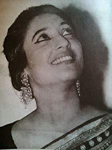 苏奇特列·欣 ( Suchitra Sen)