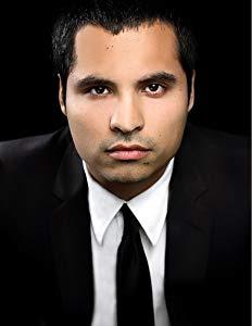 Michael Peña ( Michael Peña)
