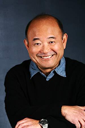 克莱德·草津 ( Clyde Kusatsu)
