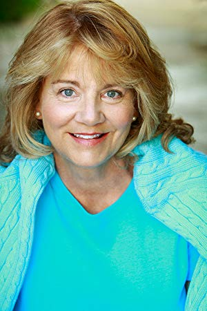 贝琪·贝克 ( Betsy Baker)