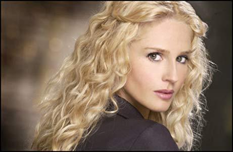 瓦妮莎·布兰奇 ( Vanessa Branch)