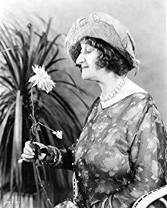 Alice Belcher ( Alice Belcher)