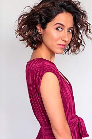 萨拉·阿米尼 ( Sara Amini)