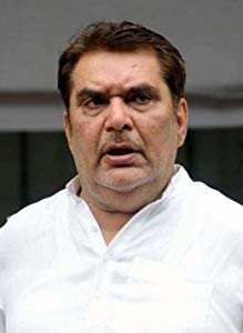 拉萨·默拉德 ( Raza Murad)