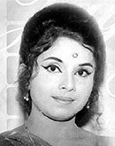 Jayshree Gadkar ( Jayshree Gadkar)