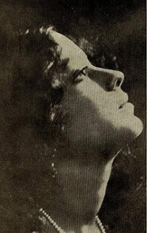 Leela Chitnis ( Leela Chitnis)