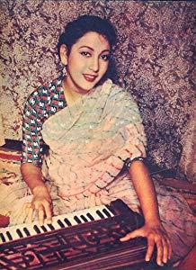 玛拉·辛哈 ( Mala Sinha)